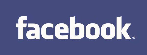 Facebook ahora permite exportar tus publicaciones y notas a Google Docs y WordPress.com, y fotos y vídeos a otros servicios como Google Fotos