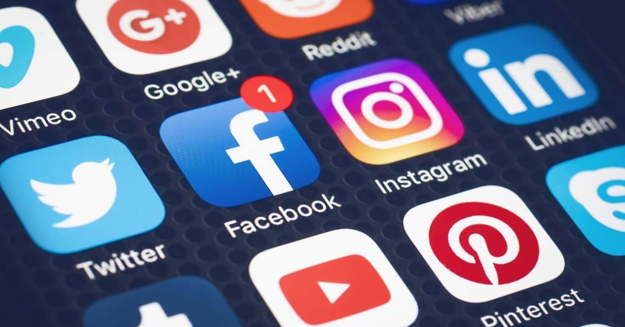 Comparativa de las mejores herramientas para gestionar redes sociales